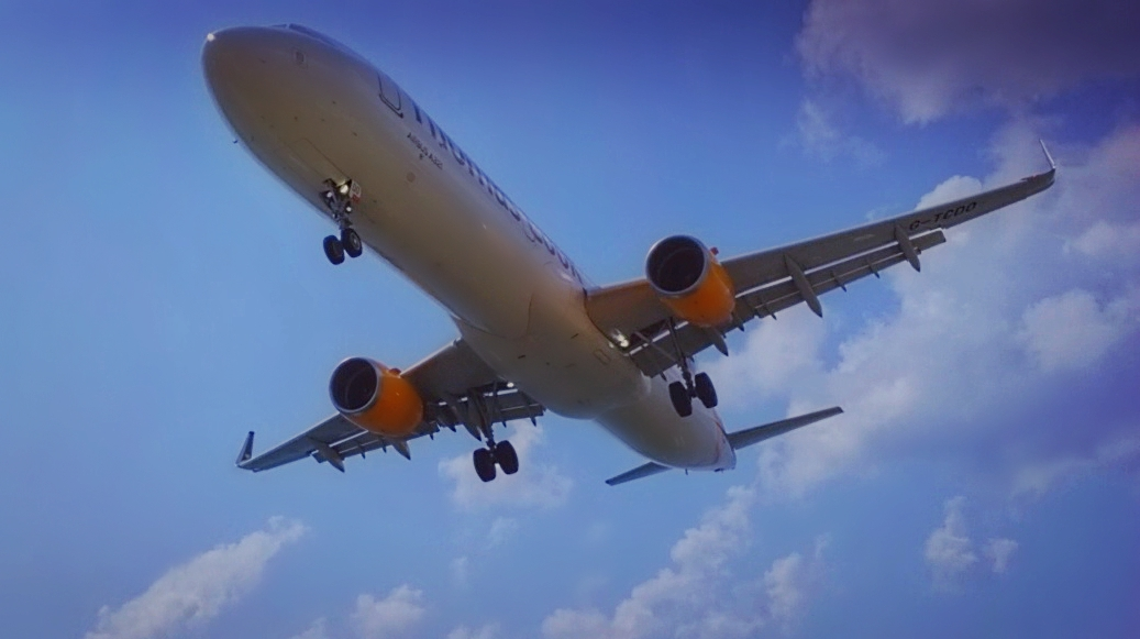 condor-a321-landing-at-jsi
